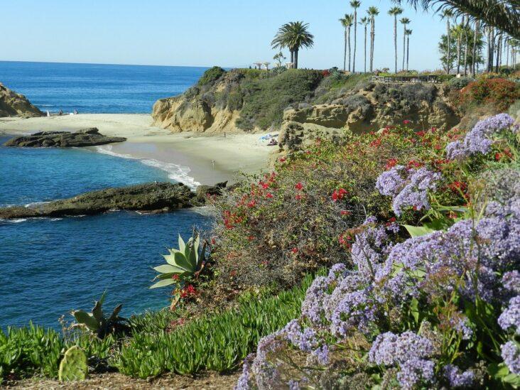 A clear day in Laguna Beach, CA.